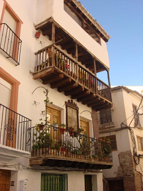 Baza fotos el comarcal - Balcones de madera ...